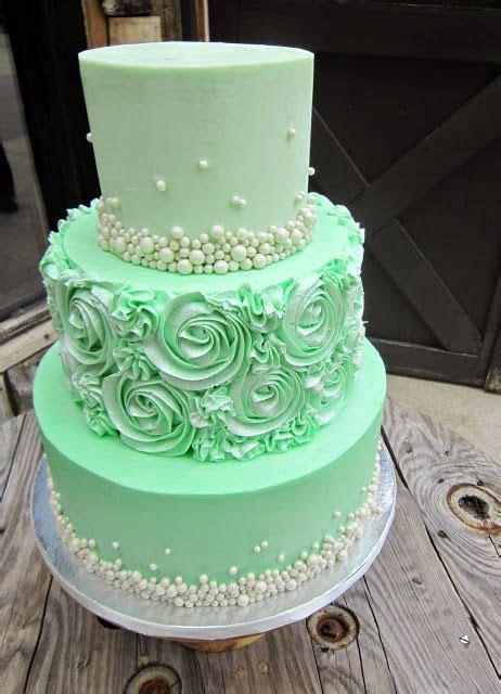 25  best Mint Green Cakes ideas on Pinterest