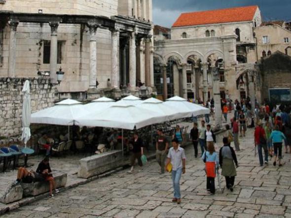 Split to jedno z najczęściej odwiedzanych miast Chorwacji.  Fot.: Jarosław Tondos/TravelFocus.pl