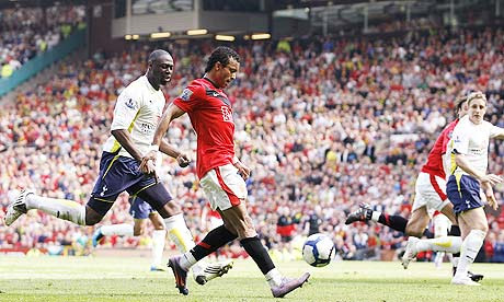 Nani puts Manchester United 2-1 up against Tottenham Hotspur