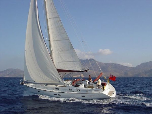 Oceanis 411 Clipper stood the test of time and sold 1200+ boats worldwide - Media Ship