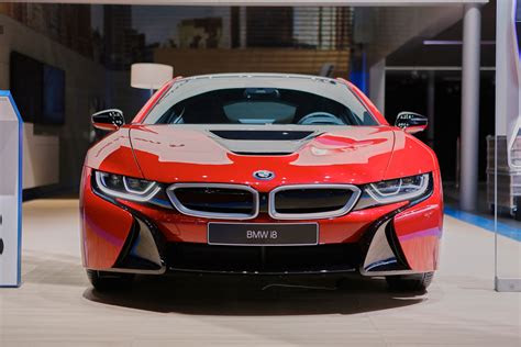 bmw presents  protonic red special edition