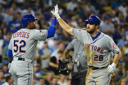 The Mets advance to the NLCS with a surprising hero and an even more unlikely play
