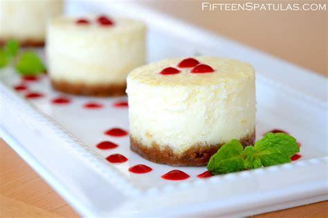 individual mini cheesecake