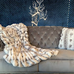 """Fluffy Chinchilla Soft Hand Crafted Faux Fur Two-tone Gray White Throw 50"""" x 60"""" / Gray White"""