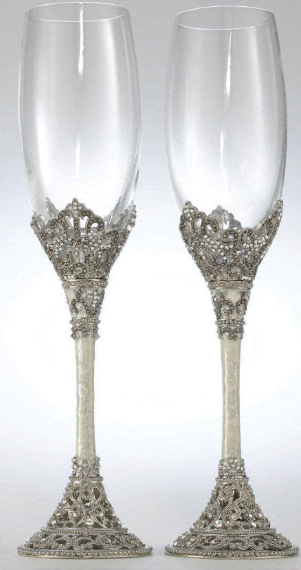 25  best ideas about Wedding champagne flutes on Pinterest
