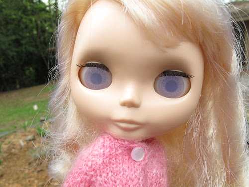 Milky lilac eyes!