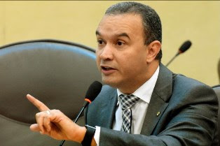 Deputado critica insegurança pública