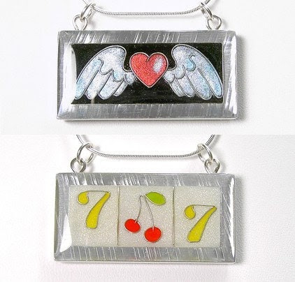 Reversible Aluminum Necklace, Heart with wings and Vegas slot machine