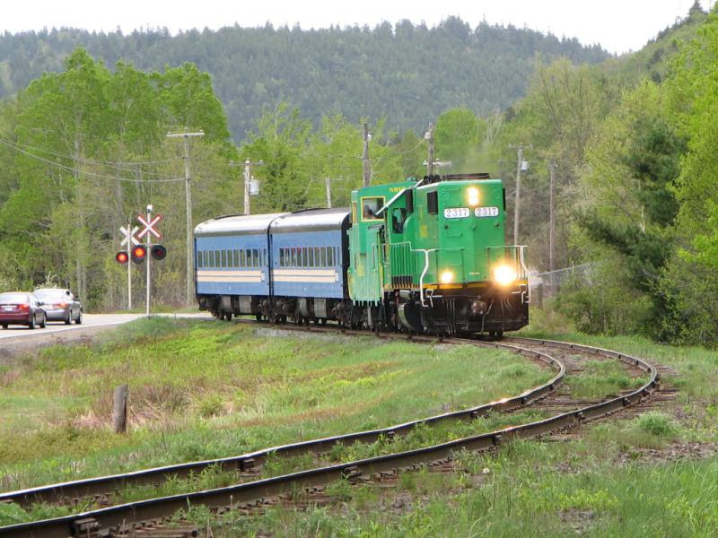 NB Southern 2317 and passenger train in Welsford