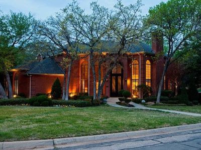 2707 Shadow Dr W, Arlington, TX 76006 - Home For Sale and Real Estate Listing - realtor.com®
