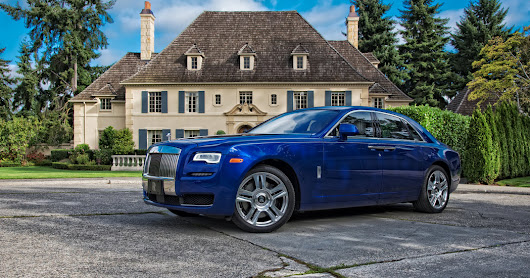 Video Review: The Rolls-Royce Ghost, for the Pampered Chauffeur - The New York Times