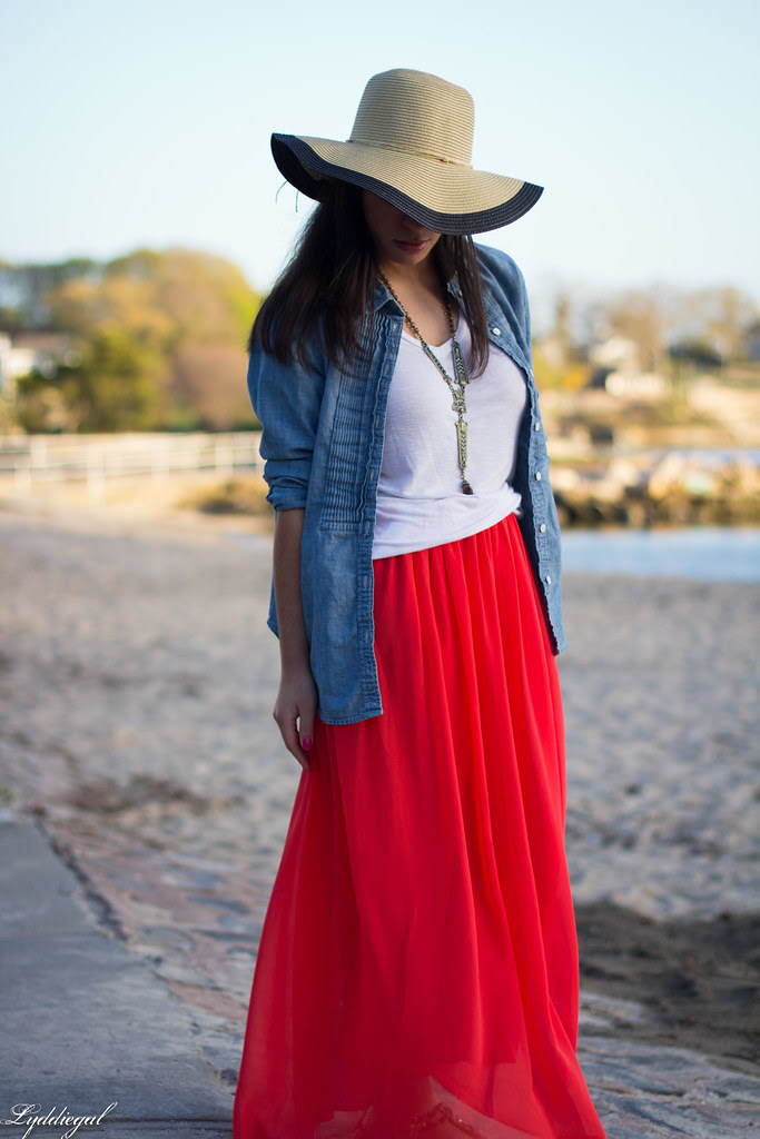 the floppy hat-3.jpg