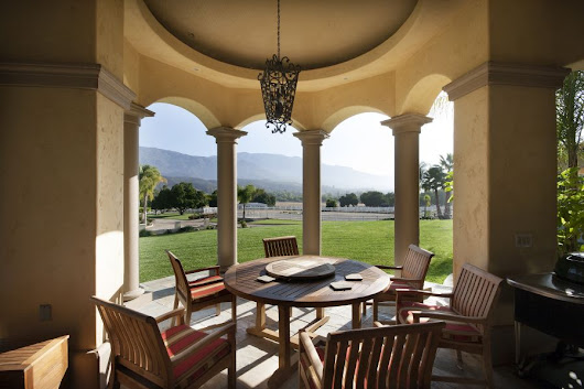 Upper Ojai Open House: Montecito-Style Estate with Equestrian Facilities
