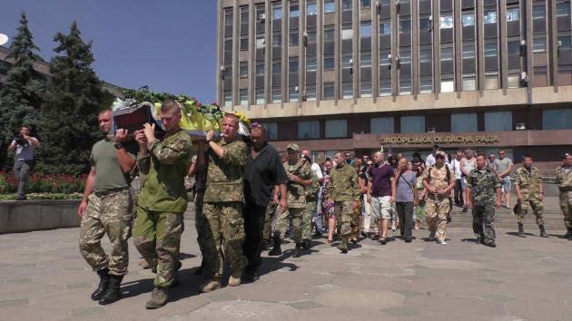 Kasyanenko's funeral procession in his hometown of Zaporizhia. (Photo Courtesy IR)