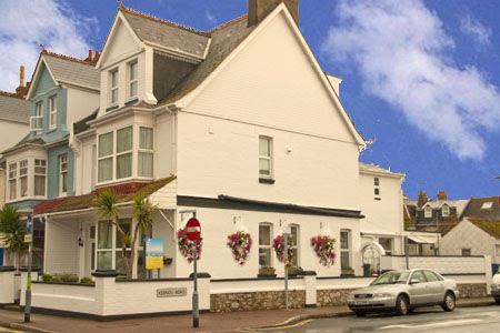 Bed and Breakfast in Paignton,Try the Ratcliffe for quality at a great price, look no further.