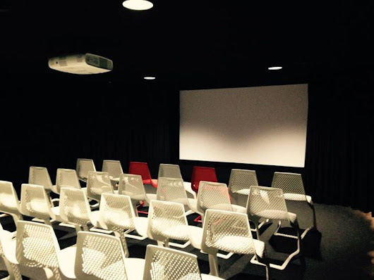 Passengers enjoy free cinema experience at Vilnius Airport