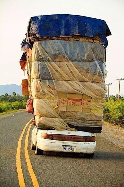 Las 30 formas más PELIGROSAS de transportar cosas... ¡A lo que puede llegar el ingenio...! - 28