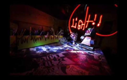 "Les Aventures du Paper Crew #1 ""The Begining"" - Light Painting / Stop Motion / Art Toyz"
