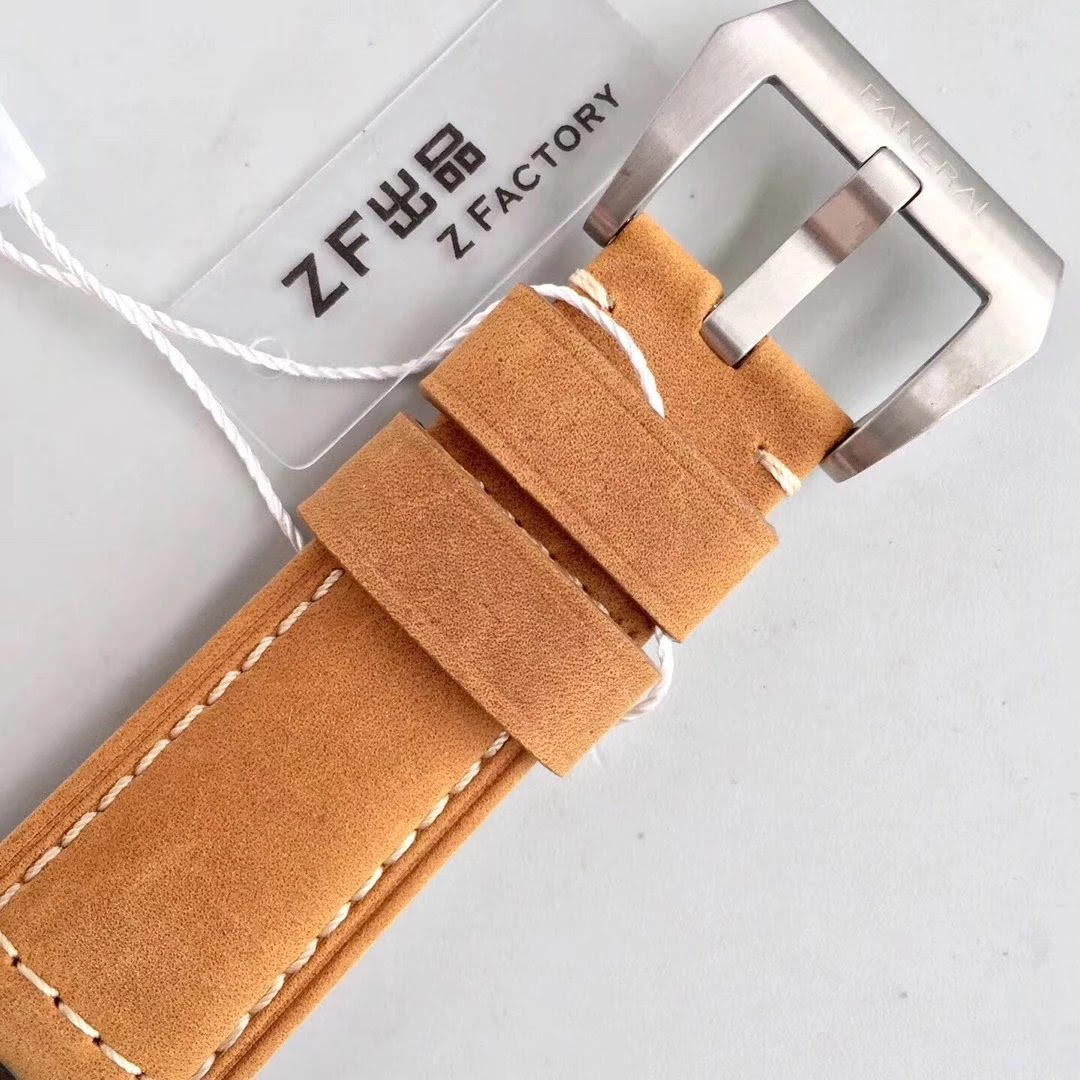 PAM 1351 Asso Leather Strap with Pre-V Buckle