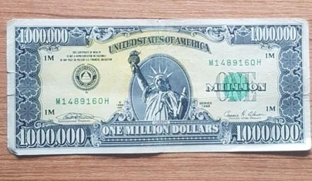 1 x 1 Million Fake Dollar Basset Hounds