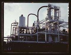 De-waxing plant at Mid-Continent refinery, Tul...