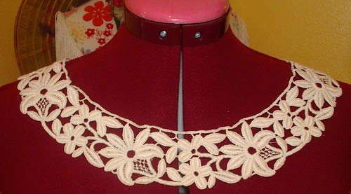 machine made lace collar