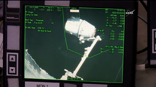 Mission CRS-10: the SpaceX Dragon spacecraft has reached the International Space Station
