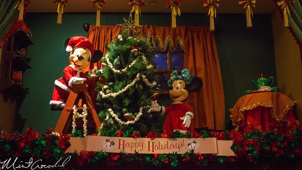 Disneyland Resort, Disneyland, Main Street U.S.A., Christmas Time, Disney Showcase