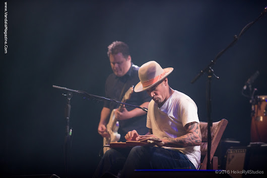 "Review & Photo Gallery – Ben Harper ""I Don't Know How to Say Goodbye to You"""