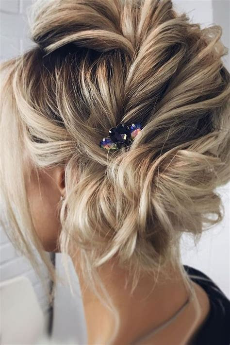 33 Wedding Updos For Short Hair   hair   Short hair updo
