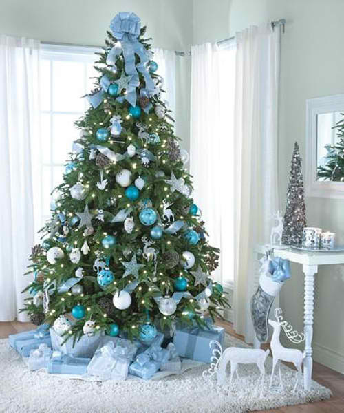 christmas tree decorating ideas 550x733 christmas tree decorating ideas with cute hello kitty ornaments 37 inspiring christmas tree decorating ideas - Teal And Silver Christmas Decorations