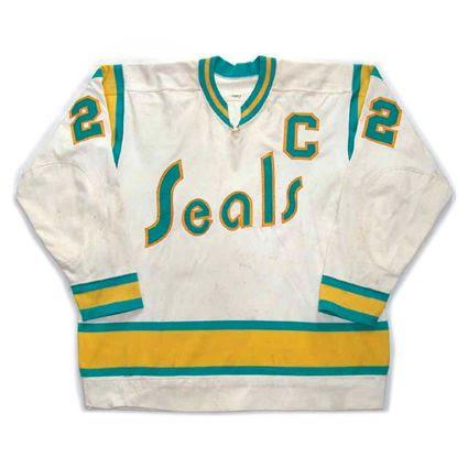 California Seals Golden 1974-75 H F jersey photo California Seals Golden 1974-75 H F jersey.jpg
