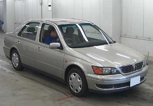 2000 Toyota vista in Silver | 58694 | Japanese Car Auction Expert
