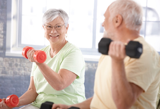 4 Effective Functional Fitness Exercises for Seniors
