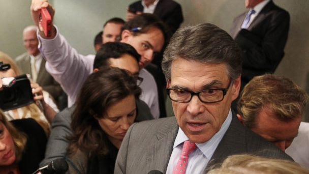 2016PerryNewHampsh SW 16x9 608 Rick Perry Doesnt Really Understand the Details of Indictment