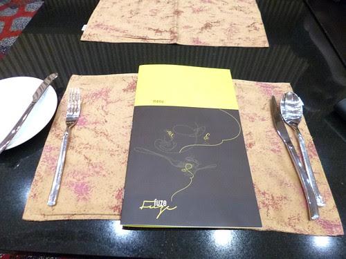Fuze Restaurant The Everly Hotel (1)