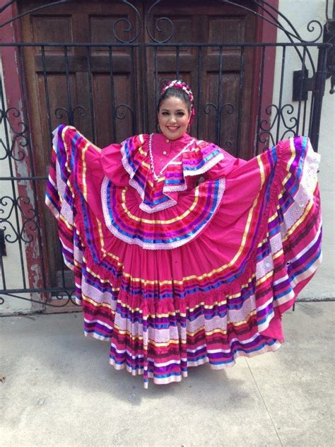 dress   jalisco dance baile folklorico