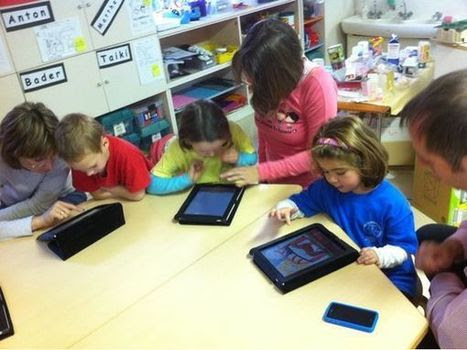 A Media Specialist's Guide to the Internet: 39 Sites For Using iPads in the Classroom
