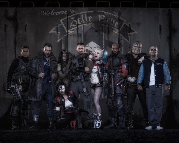 David Ayer on Twitter summonses the cast of SUICIDE SQUAD.. and yes, that is Harley Quinn..Also shown:<br/><br/>Deadshot, and Captain Boomerang.. And more.With each new photo and each new day, the SUICIDE SQUAD looks better and better..Still..I wonder about the Jared Leto JOKER.. the jury remains out on that..