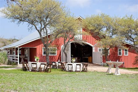 Texas Hill Country Rustic Barn Wedding   Rustic Wedding Chic