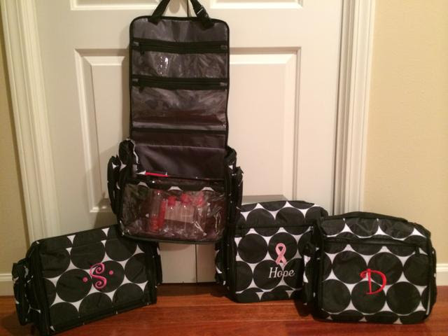 Large Tote Bags: Thirty One Deluxe Beauty Bag