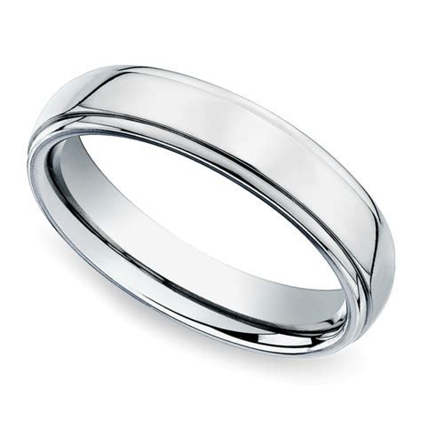 Beveled Men's Wedding Ring in Titanium (5mm)