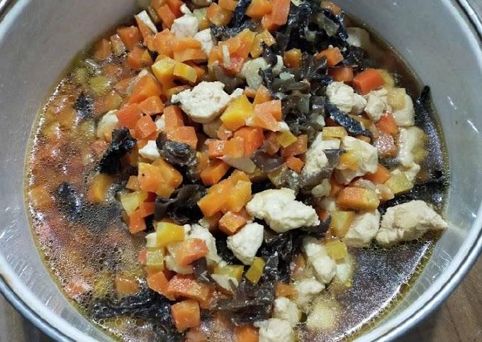 Resep Praktis 66. Ayam Jamur Kuping Anti Gagal
