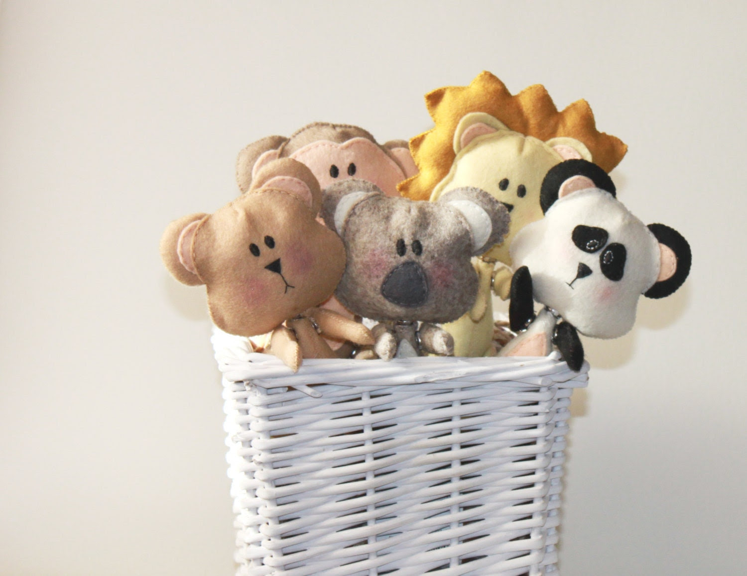 Zoo animal Puzzle / Stuffed animal toy puzzle - Bear, koala, lion, panda and monkey wool felt