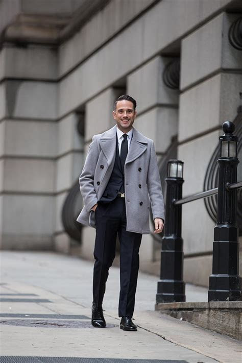dark navy suit classic business outfit idea  spoke style