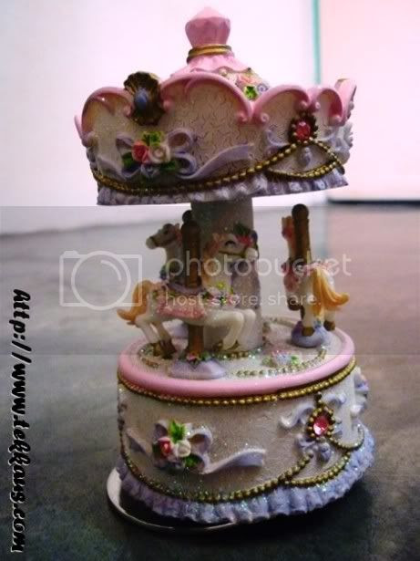 Carousel Horses Music Box,Valentine's Day,Lovely Lace