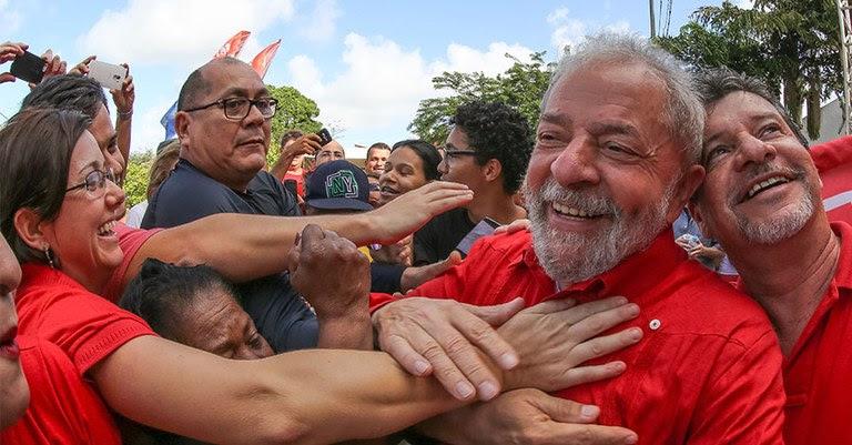 Lula - Instituto - Stuckert.jpg
