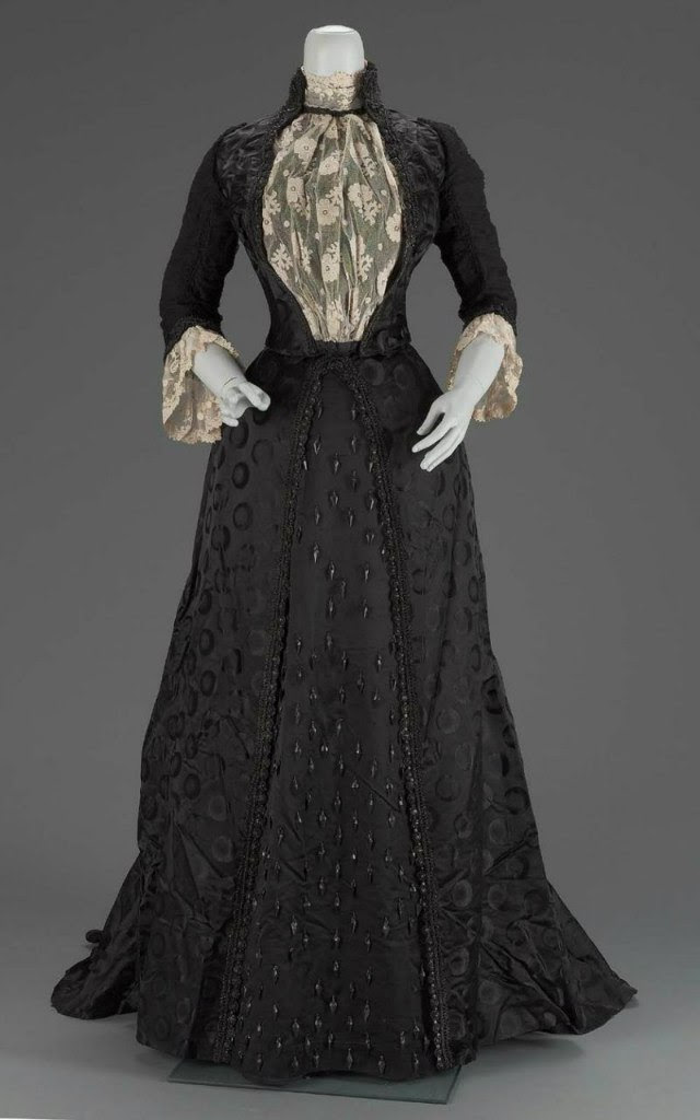 beauty dress black antique accessories victorian redmortem •
