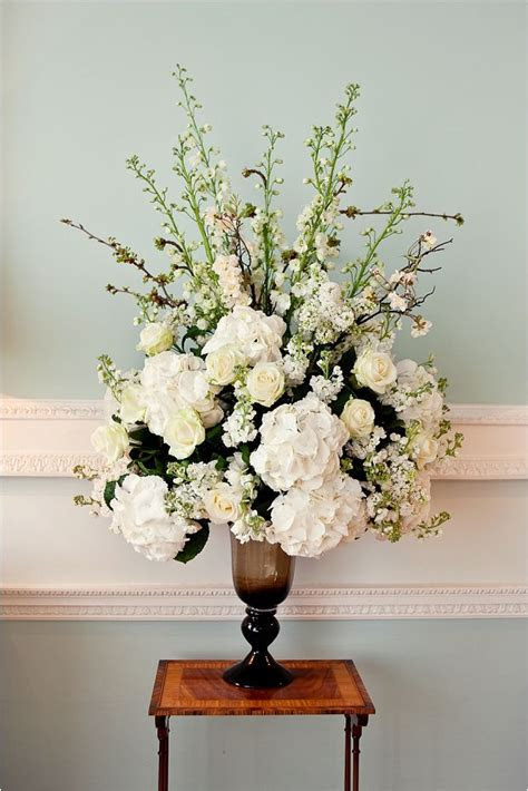 Best 25  Fake flower arrangements ideas on Pinterest   DIY