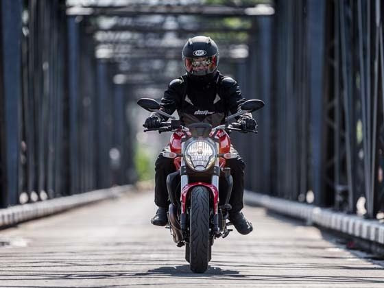 Ducati Monster 821 - First impressions in Thailand